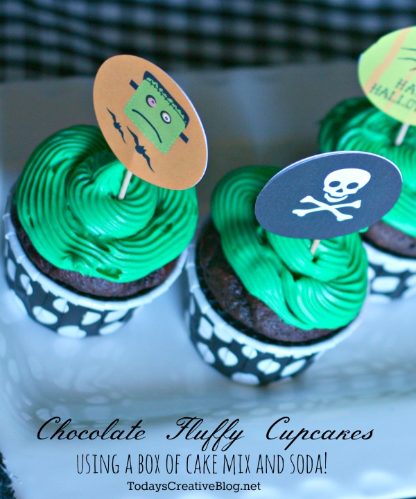 Chocolate Fluffy Cupcakes and Free Printable Halloween Cupcake Toppers