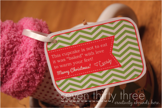 Sock Cupcake with Adorable Printable Tag