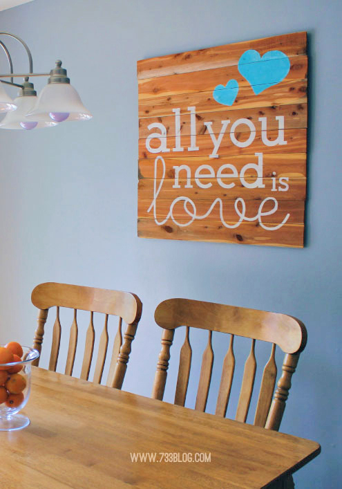 DIY Wood Plank Sign - Get the free printable stencil!