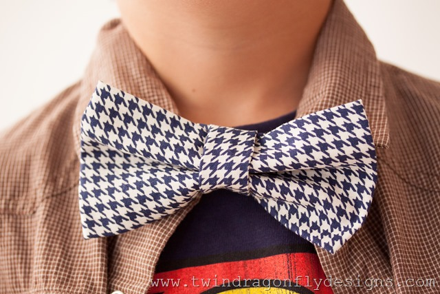 Boys Adjustable Bow Tie Pattern