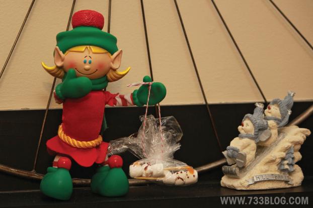 Mini Marshmallow Snowman Treats