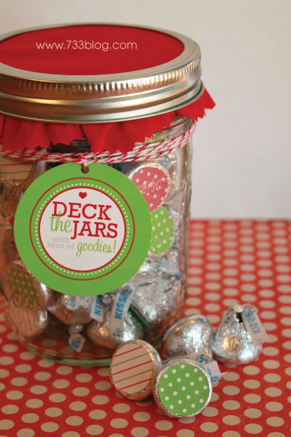 Deck the Jars with lots of Goodies - Free Printable Gift Tags