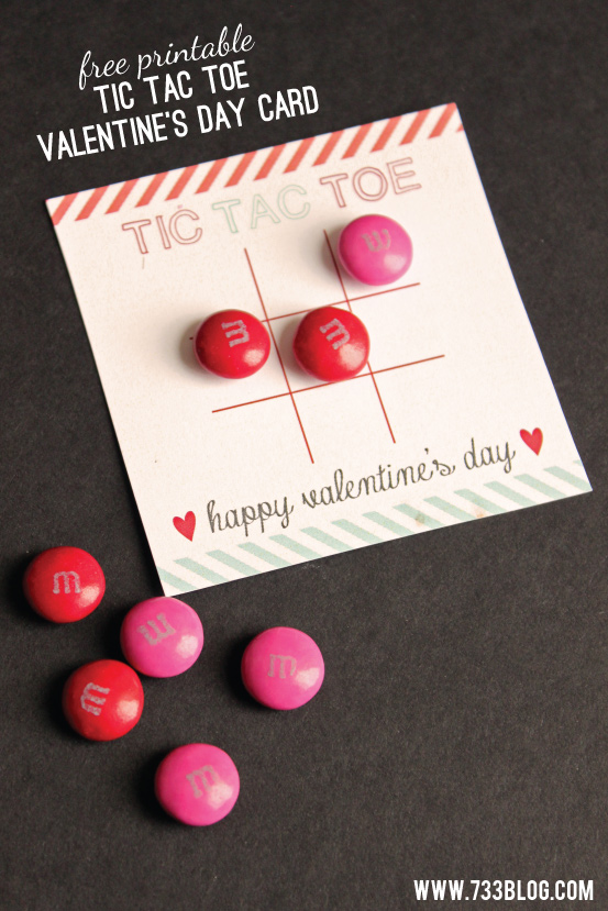 Free Printable Tic Tac Toe Valentine's Day Card perfect for Classroom Valentines!