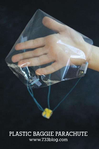 plastic-baggie-parachute