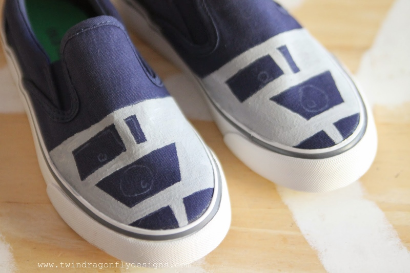 DIY R2D2 Shoes