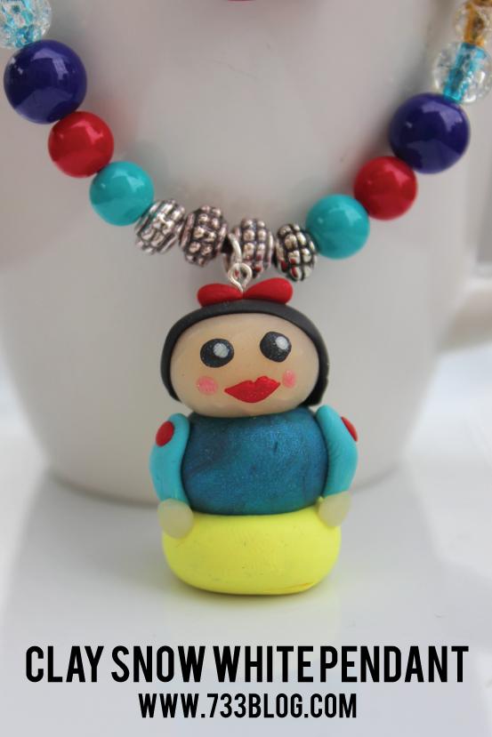 DIY Snow White Necklace