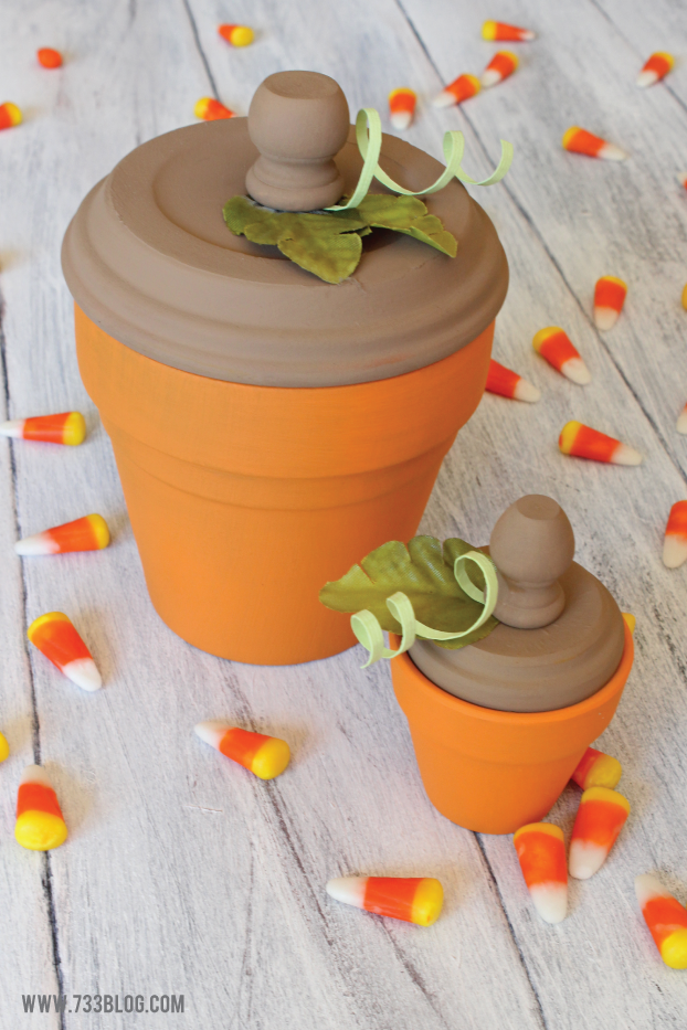 How to make a Terra Cotta Pumpkin - makes for a fun piece of fall decor!