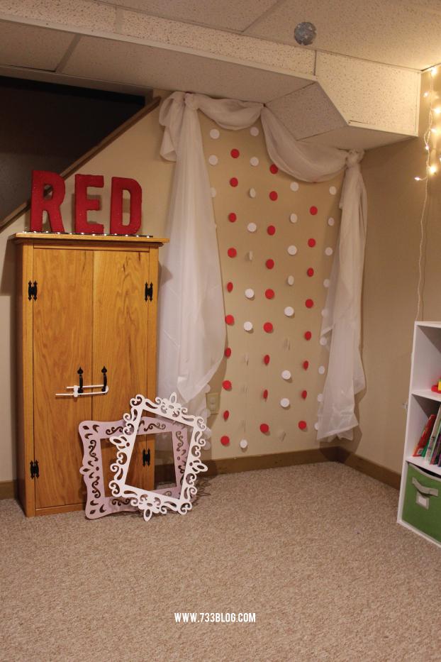 Photobooth & DIY Lit Foam Letters #makeitfuncrafts