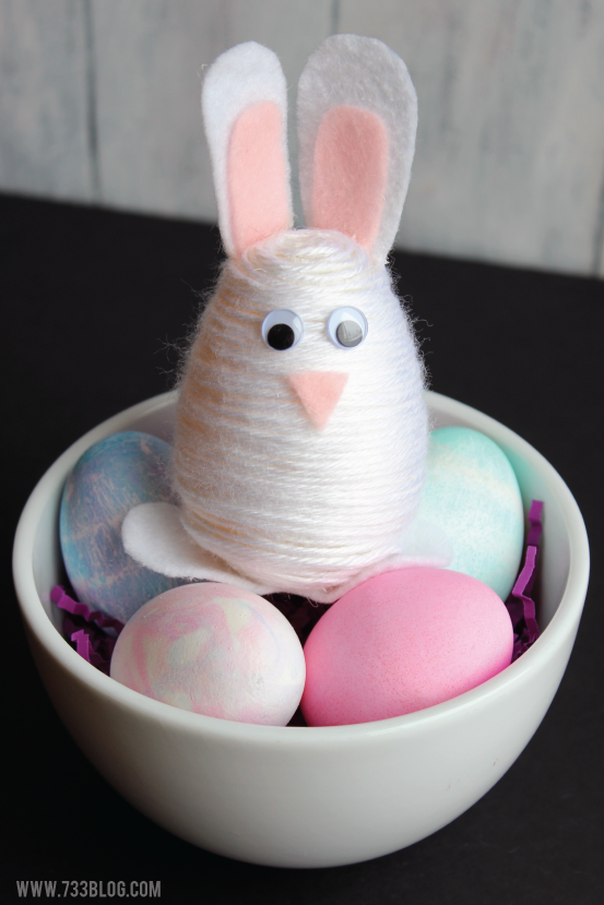 DIY Yarn Wrapped Egg Easter Bunny