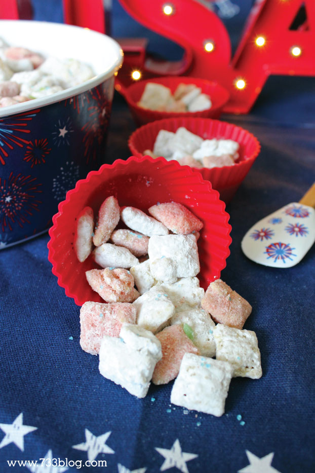 Firecracker Muddy Buddies - the kids are going to LOVE these!