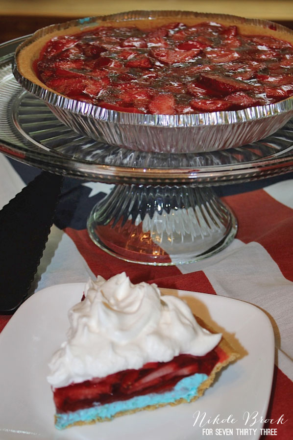 Patriotic Strawberry Pie - perfect for a Fourth of July BBQ