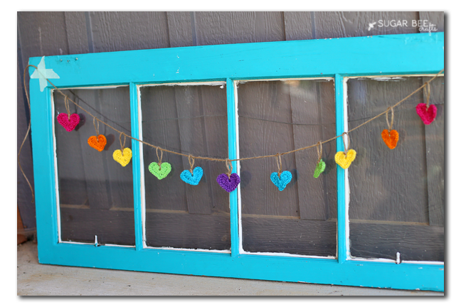 Simple and adorable Crochet Heart Garland