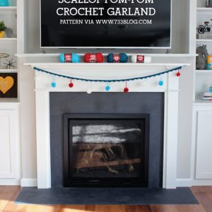 Easy Crochet Scallop Pom-Pom Garland Pattern