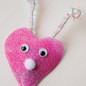 DIY Glitter Love Bug Magnet