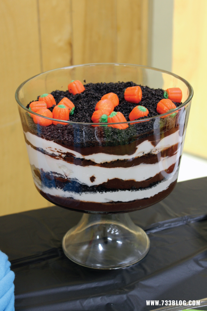 Pumpkin Patch Trifle for Peanuts Themed Birthday Party