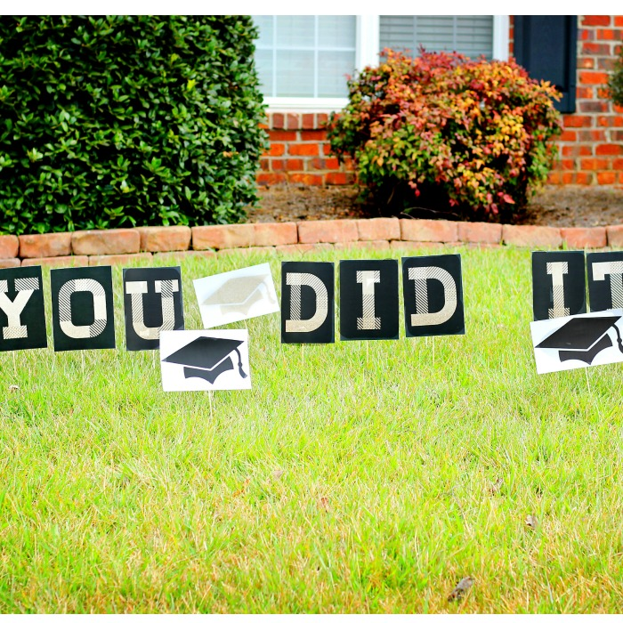 Printable Graduation Lawn Signs