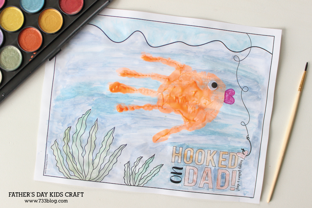 Adorable Father's Day Kids Craft - free printable perfect for classroom or home project!