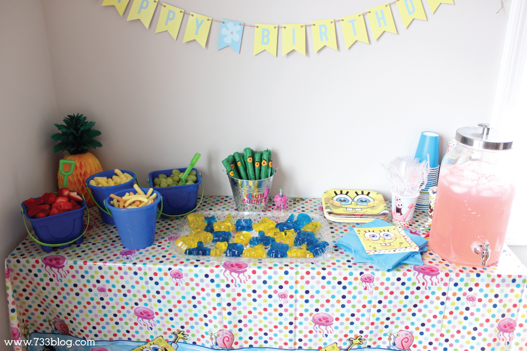 DIY Spongebob Party Table