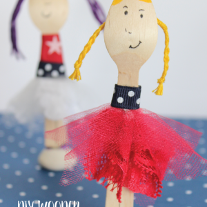 Easy DIY Patriotic Wooden Spoon Doll Tutorial will become a favorite toy for little girls!