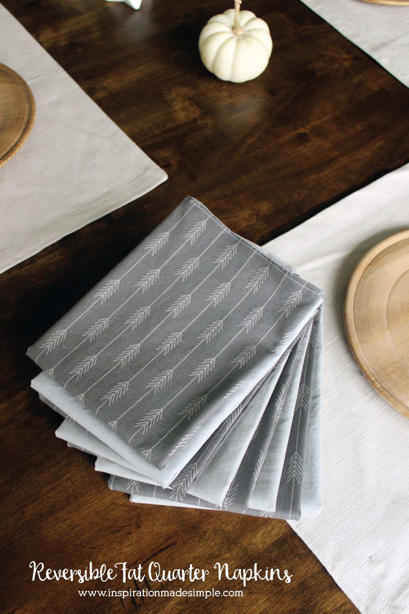 Reversible Fat Quarter Napkins Tutorial