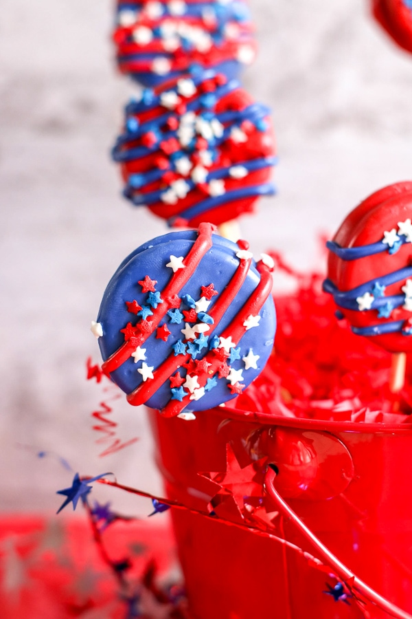 Stars and Stripes Oreo Cookie Pops