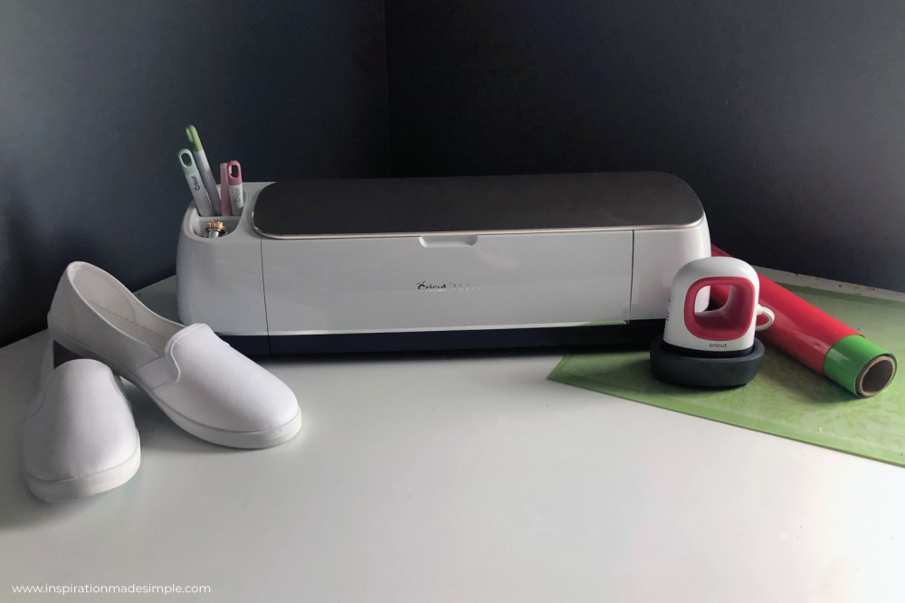 Cricut Maker and EasyPress Mini with Iron-on Vinyl