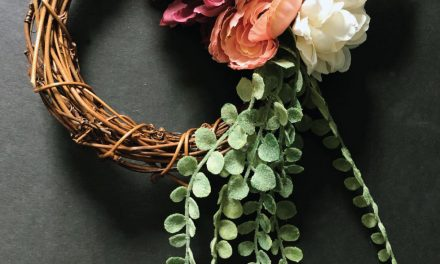 Simple Floral Grapevine Wreath Tutorial