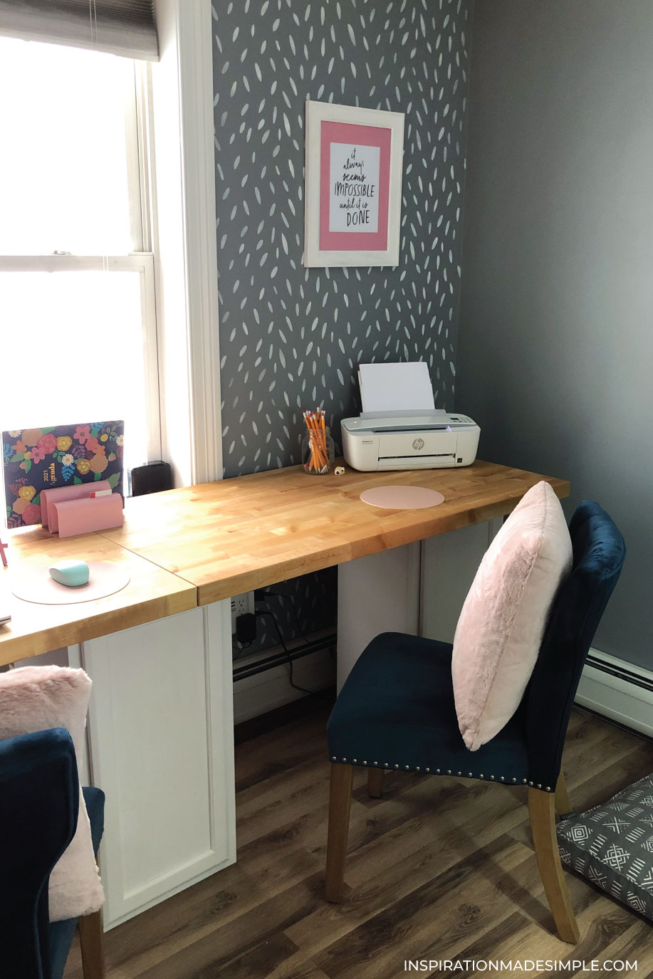 DIY Desk without using power tools