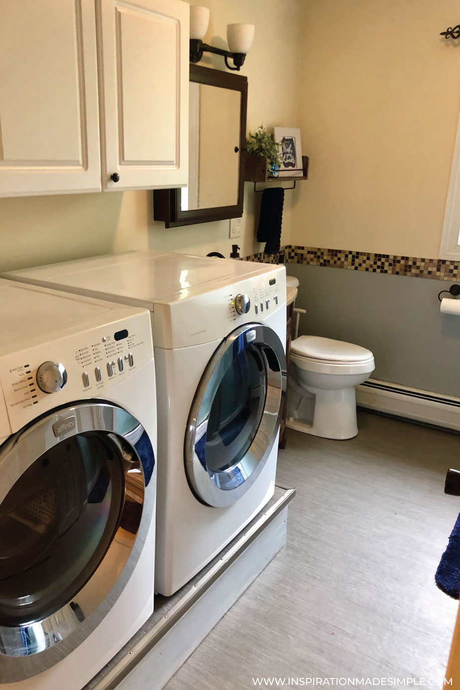 Bathroom/Laundry Room Before