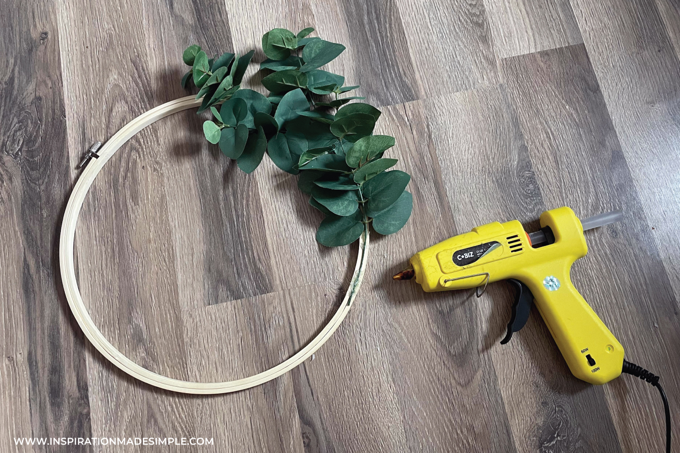 Making a wreath with an embroidery hoop and hot glue gun
